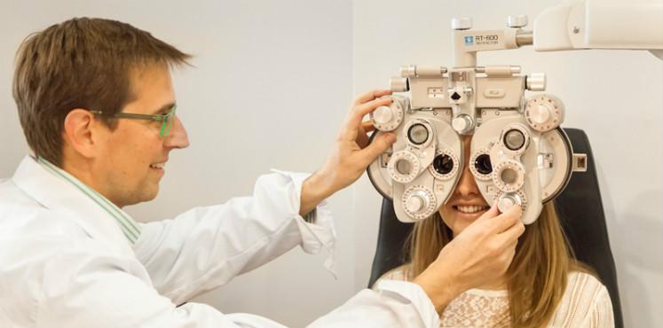 ¿Qué es y qué hace un óptico optometrista?